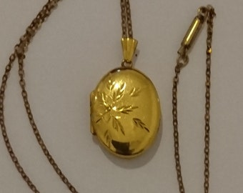 Vintage rolled gold oval locket and chain