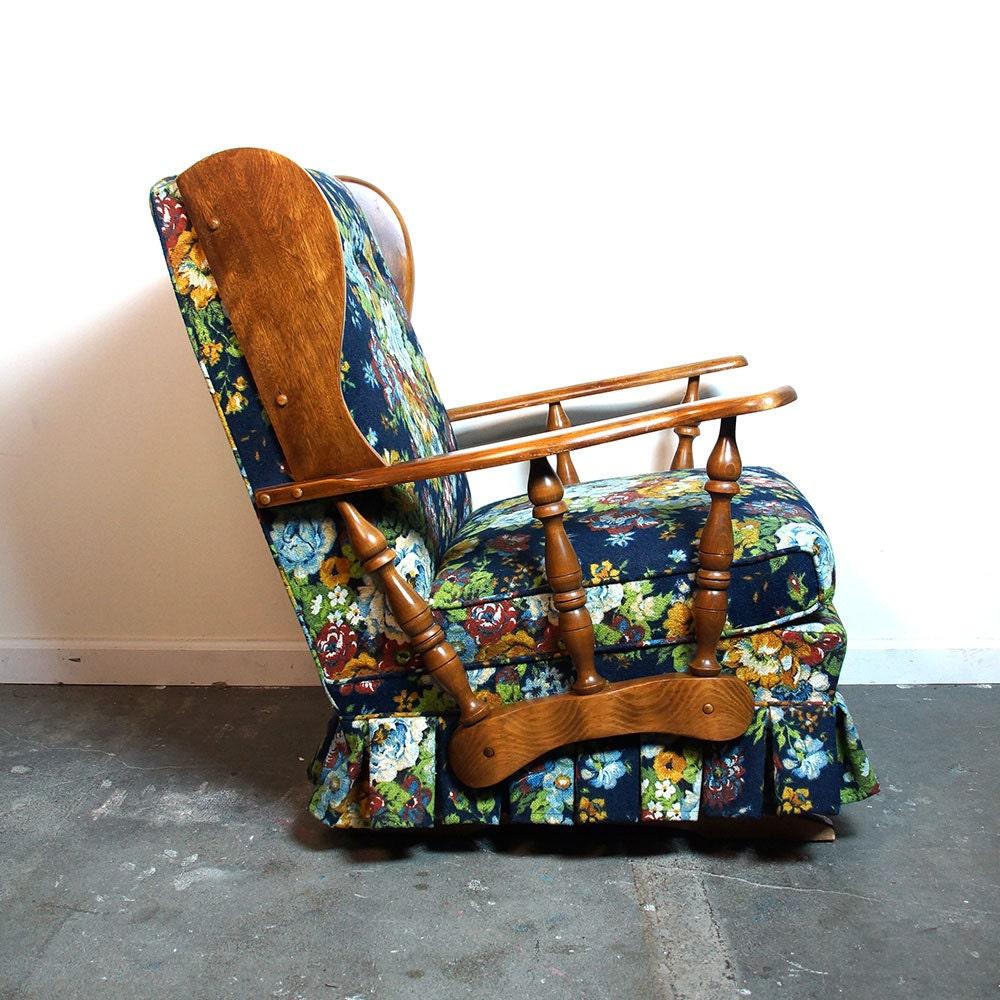 Post 118 together with French Country Chair Pads further 252107601445 together with Vintage 1950s Aluminum Rocking Lawn moreover Plaid Pattern Blue White Chair Cover For Wingback Chair In Brown Nook. on rocking chair floral cushions