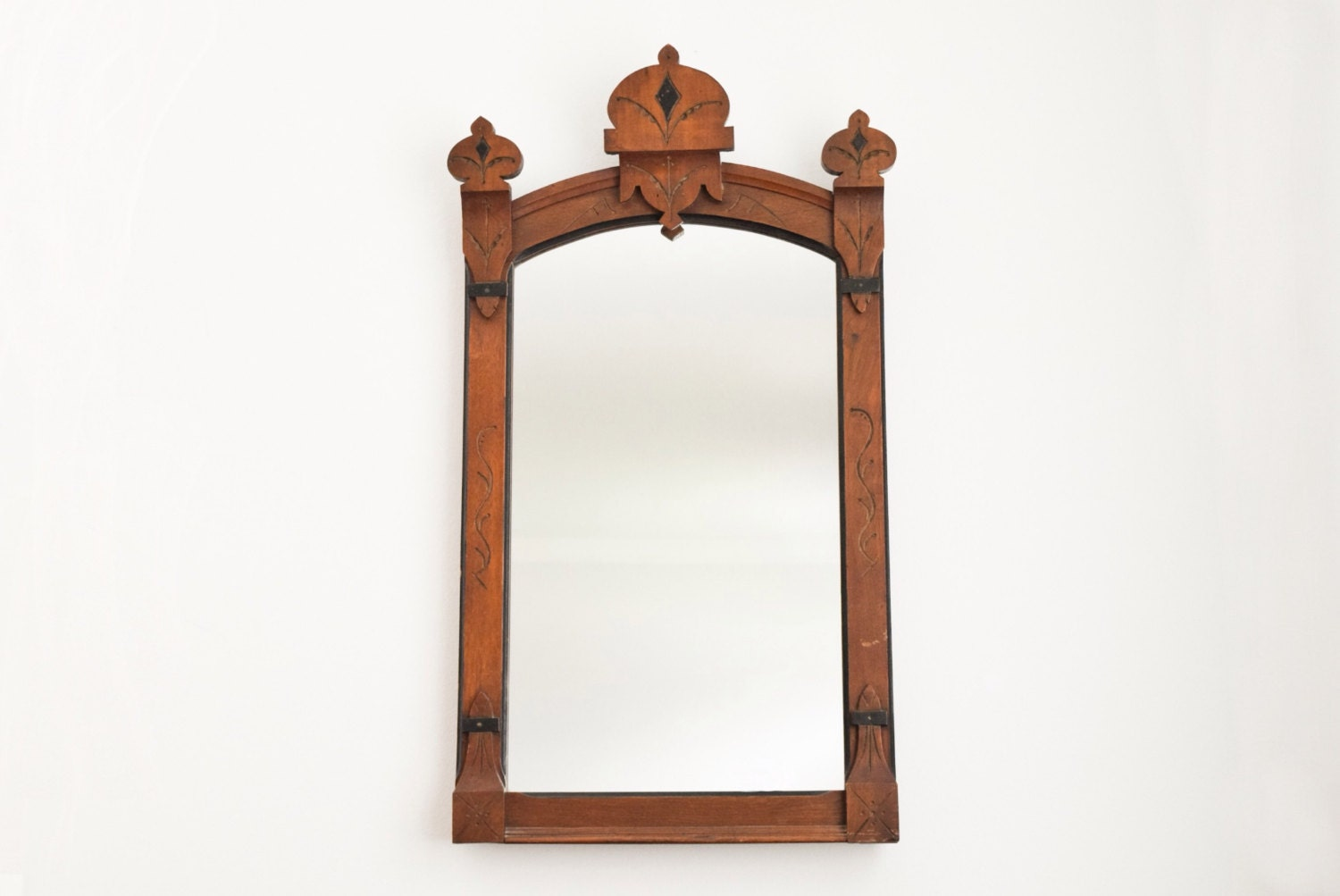 Decorative Wall Frames Photos : Antique wood mirror decorative wall frame