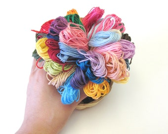 36 Skeins of Popular Colors - Popular Colors Thead - Pack of 36 Skeins