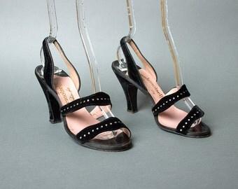 Vintage 50s Rhinestone Studded Black Velvet Heels   1950s Strappy Open Toe Slingbacks Evening Shoes (womens 5.5 36)