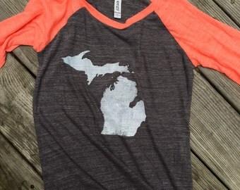 Ladies soft Vintage Baseball Jersey State logo Rustic looking apparel Rustic Print Vintage Michigan soft comfy t-shirt