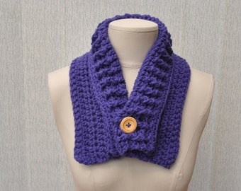 Chunky crocheted purple cowl