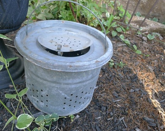 Galvanized metal bait bucket
