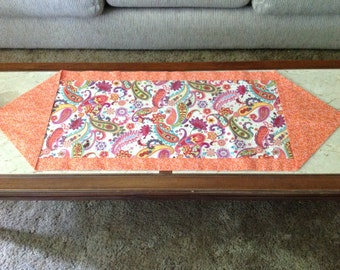 Reversible Paisley Print Table Runner