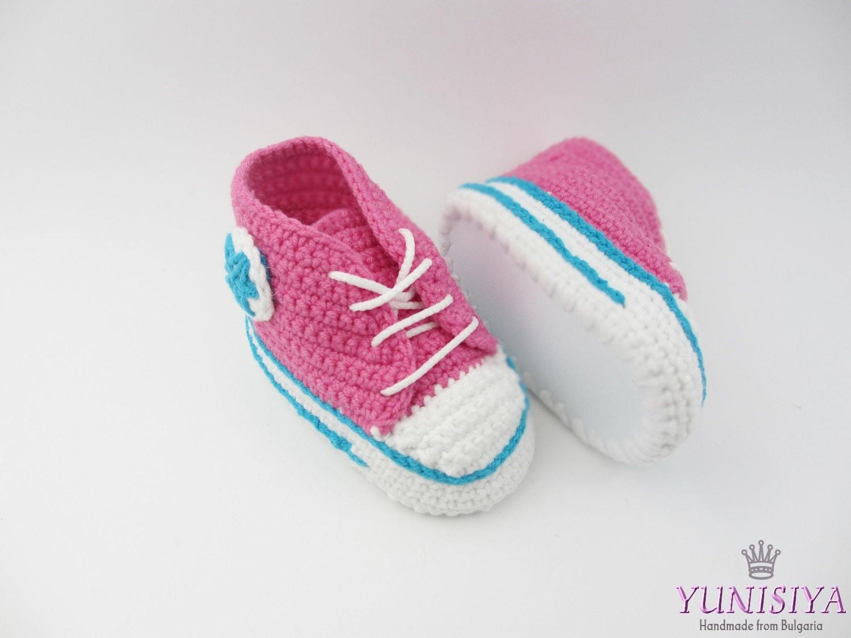 Crochet Converse Baby Sneakers Crochet Baby Booties by ...