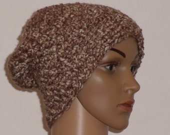 Crochet hat in Brown with beige