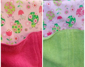 Girl hooded towel with ladybugs - your choice of towel color, toddler hooded towel, kids bath towel, personalized kids beach towel