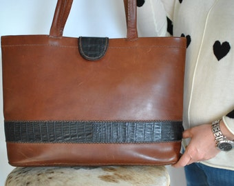 Vintage HANDMADE leather tote bag...(373)