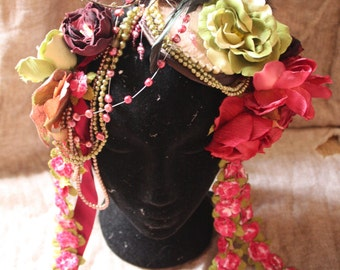 FAERY FACINATOR, Flowers and Pearls Headpiece