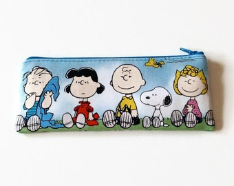 Snoopy Pencil Case - Peanuts Characters Zipper Pouch