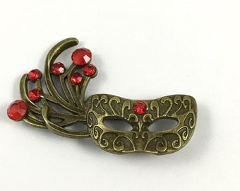 1 carnaval mask with glass stone broach,43mm x 62mm # PEN 100