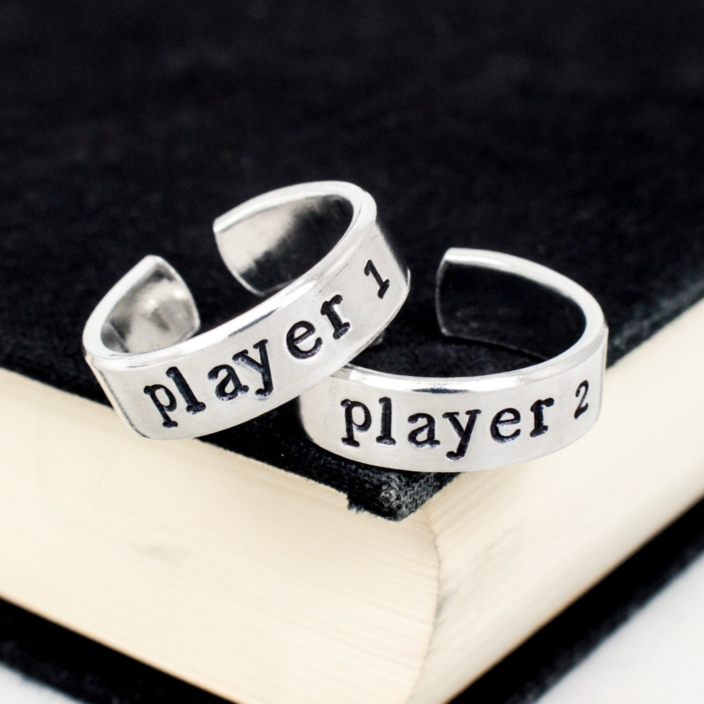 video game wedding rings player 1 amp player 2 gamer ring set 8266