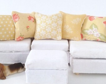 Country Dollhouse Pillows, 5 Piece White Yellow Green Pillow Set 1:12 Pillow Set, Rustic Fashion Doll Pillow, Fashion Doll Miniature Pillows