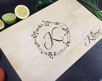Personalized cutting board, Monogram cutting board, Holiday cutting board, Anniversary gift, Wedding, Housewarming, Christmas