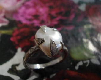 White Pearl Ring - Sterling Silver Ring - FW Pearl Silver ring - Baroque Pearl Ring K229