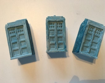 Tardis from Doctor Who Concrete Paperweight