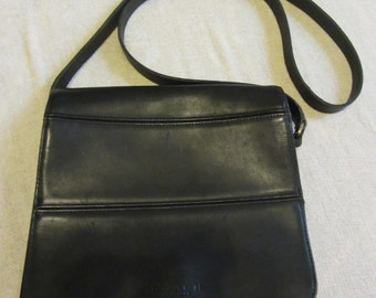 Vintage Coach Purse -Saddlebag Style - Black Leather - 1970-80 - No. ASD9092 - Crossbody - Christmas gift - Excellent Condition
