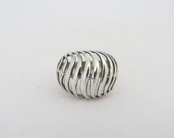 Vintage Sterling Silver Swirly Dome Ring Size 6