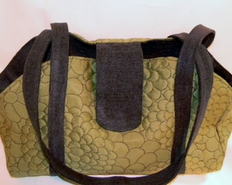 Pet Carrier - Rich Kerrel Avocado Green Floral
