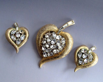 Vintage Crown Trifari Brushed Goldtone and Rhinestone Leaf Brooch and Earring Set
