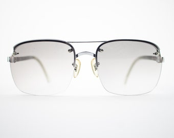Vintage Sunglasses | Silver Aviator Sunglasses | Oversize Grey Smoke Gradient Lenses | 70s Sunglasses | Vintage Deadstock - October II White