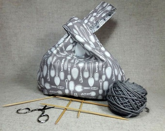 Project Bag with spoons and flowers, white, gray, knitting bag, knot bag