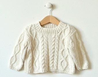 0-4m -4-8m baby sweater knitting pattern - Diamond Cable Crew