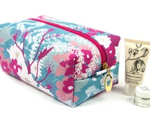 Large Cosmetic Bag In Exclusive Punto Belle Designed Fabric 'Waves'. Make Up Bag, Toiletry Bag, Floral Pattern, Bridesmaid Gift, Project Bag