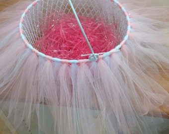 Wire mesh with tulle easter basket
