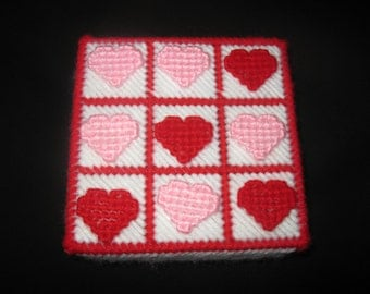 Plastic Canvas Valentine Tic Tac Toe Travel Game
