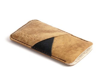 Full grain leather case LG G6 sleeve. Brown leather sleeve with brown wool felt lining. LG G5 pouch, also available for G4 and G3