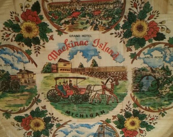 "Mackinac Island Michigan Tray, Souvenir Tray, Pressed Wood, Kitsch, 13"", Picnic, Barbecue"
