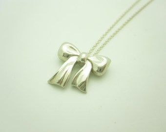 Tiffany & Co. Sterling Silver Ribbon Bow Pendant Necklace 16""