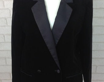Vintage 1970's Marks and Spencer Black Velvet Blazer Dinner Jacket Size 10