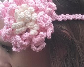Beautifu lwhite pink headband flower crochet womens headband head covering