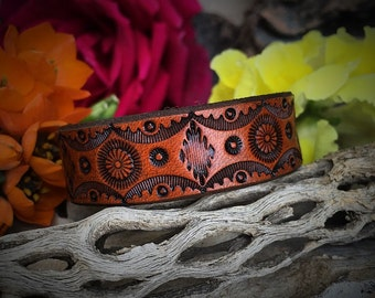 The Daisy Leather Cuff