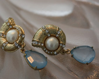 Luscious Estate Found Carolee Luxe Pearl and Crystal Drop Earrings