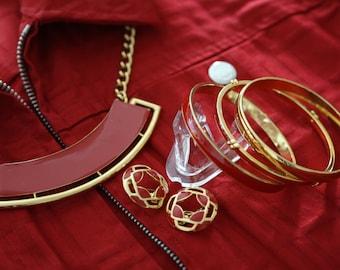 Vibrant Vintage Monet Parure Bangles Earrings and Necklace