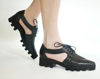 Women oxford shoes, Black Oxfords, Black platform shoes, Cut outs, Leather oxford shoes, Womens shoes, Leather flats, Pointy flats, Low heel