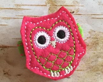 Pink Owl Felt Clippie