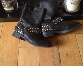 Vintage Biker Boots, Leather Boots, Studded Boots, Rock Chic, Gothic,