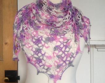 Pretty Crochet Triangle Scarf/Shawl