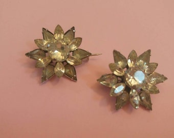 Vintage brooches set of two rhinestones star small brooches hat pins 1940's