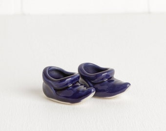 Vintage Pair of Blue Ceramic Elf Shoes for Air Planter or Decor, Little Blue Shoes Air Plant Holder