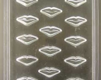 Kiss Lips Pieces/Cupcake Toppers chocolate mold
