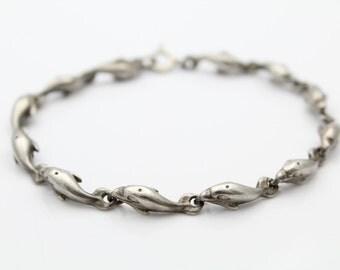 Cute Sterling SIlver Dolphin Link Bracelet. [6571]