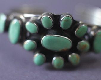 Vintage Native American Turquoise & Silver Bracelet   LV-#60