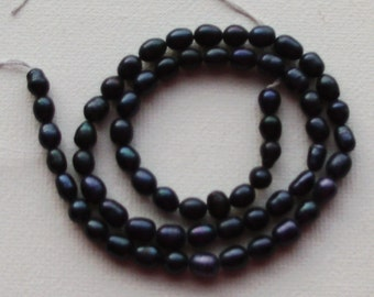 14 inch Strand of Freshwater Pearl Beads 4-5mm Midnight Blue Rice
