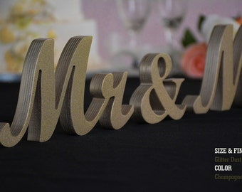 Glitter Dust Champagne Mr & Mrs wooden sign Sweetheart table Wedding Mr and Mrs Wood Wedding Decoration,Glitter,Glitter Mr and Mrs